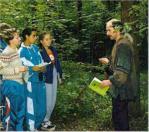 Bioindication lesson at Ecosystem Field Centre